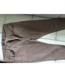 Pantalone farmerke sive