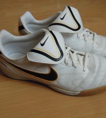 Nove original Nike patike