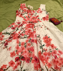 Romanticna cvetna haljina:NOVA