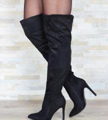 cizme crne  iznad kolena predobre