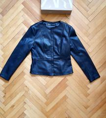Zara jakna M