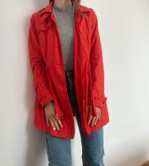C&A crveni mantil SNIZEN