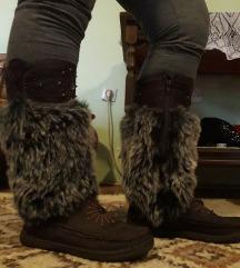 Zanimljive cizme za sneg