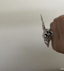 Prsten skull n o v