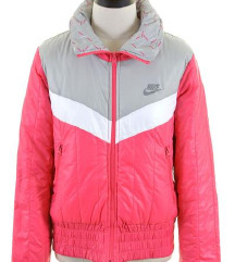 Original NIKE jakna sa 2999 na 2299