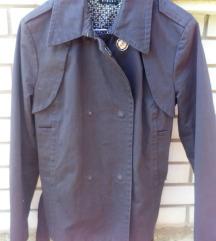 zenska jakna sisley