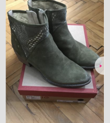 Kozne cizme novo