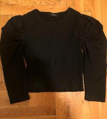 Nova Bershka bluza sa puf rukavima