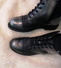 Srebrne cipele **NOVO**