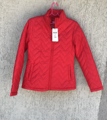 Chicoree S velicina, crvena jakna, novo