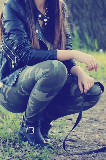 Zara military pantalone