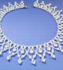 Nezna ogrlica od perlica
