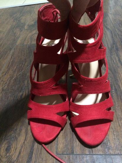 Crvene sandale!Snizeno!Novo!!