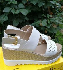 Bele kozne sandale NOVO
