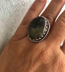 prsten UNAKIT