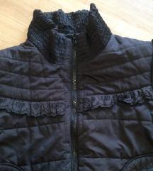 Crna  prolećna jakna , S/M, sada 500!