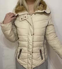 Zimska jakna sa krznom na kapuljači