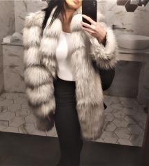 Sivo bela dugačka zimska bunda