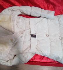 jakna  zimska bela krzno i cizme nitne
