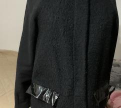 Vero Moda kaput crni RASPRODAJA