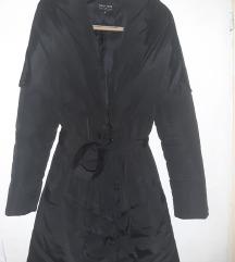 Duga zimska crna jakna Calliope