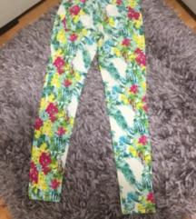 Prelepe pantalone