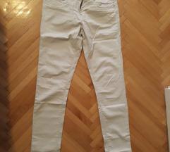 Nove pantalone