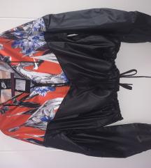 Original Nike suskavac jakna nova