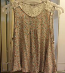 Majica bez rukava, čipka i cvetići