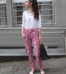 Pantalone od viskoze sa printom