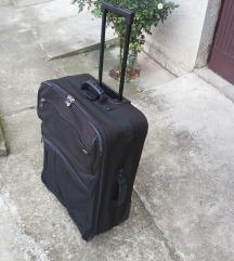 kofer americki turista
