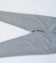 C&A pantalone 44