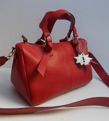 ZARA veca crvena torba,kao novo