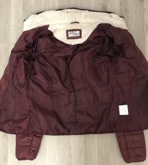 Jesenja / zimska jakna u boji trule visnje