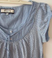 Svetloplava bluza, majica