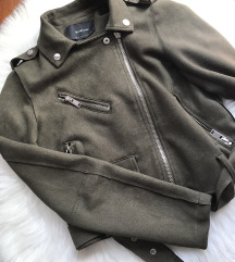 Stradivarius jaknica