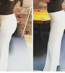 Duboke bele ravne pantalone
