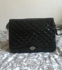 Nova lakovana torba SNIZENA 1300