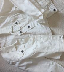 Nova bela teksas jakna M-L