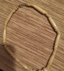 Čoker-ogrlica sloniva kost