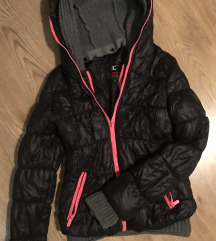 Zimska jakna sa duplom kapuljacom