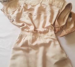 Stradivarius nude haljina sa cipkom
