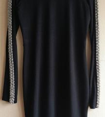 Crna haljina sa duboko otvorenim leđima 38