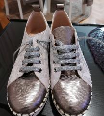 Zenske cipele NOVO