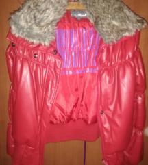 crvena moderna zimska jakna