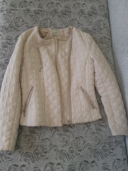 Krem jesenja jaknica