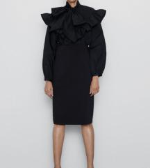 Zara crna suknja slim novo