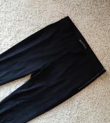 Zara Velur mekane pantalone vislji struk 👑