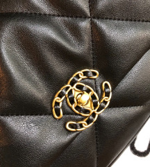 Chanel 19 flap tasna