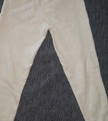 Zara decije pantalone + 2 majice